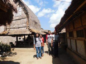 sasak tour di desa sade ende lombok