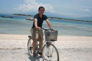 bersepeda di Gili Trawangan