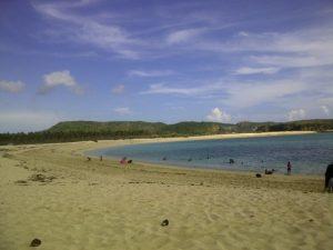pantai tanjung aan berpasir merica