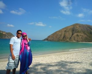 487_traveling lombok_pantai mawun honeymoon