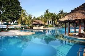 kolam renang Hotel Santosa Lombok