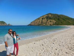 honeymoon pantai mawun